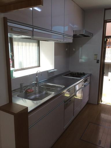 掃除が楽なキッチン 食洗機と浄水器で機能性アップ! /福岡市