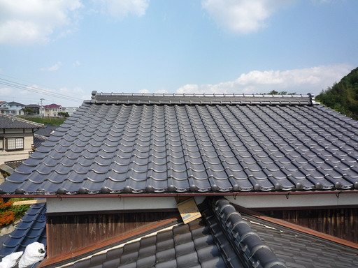 気温差に強い石州瓦で 屋根をリフォーム /宇美町