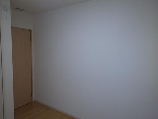 大部屋をお子様の個室に 仕切壁を作成 /須恵町