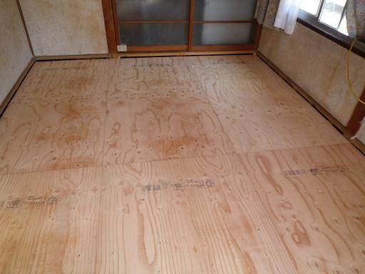 シロアリ被害と無縁の床下に /須恵町