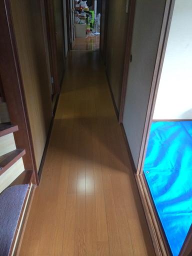 ブカブカになった床 新しいフローリングに /須恵町