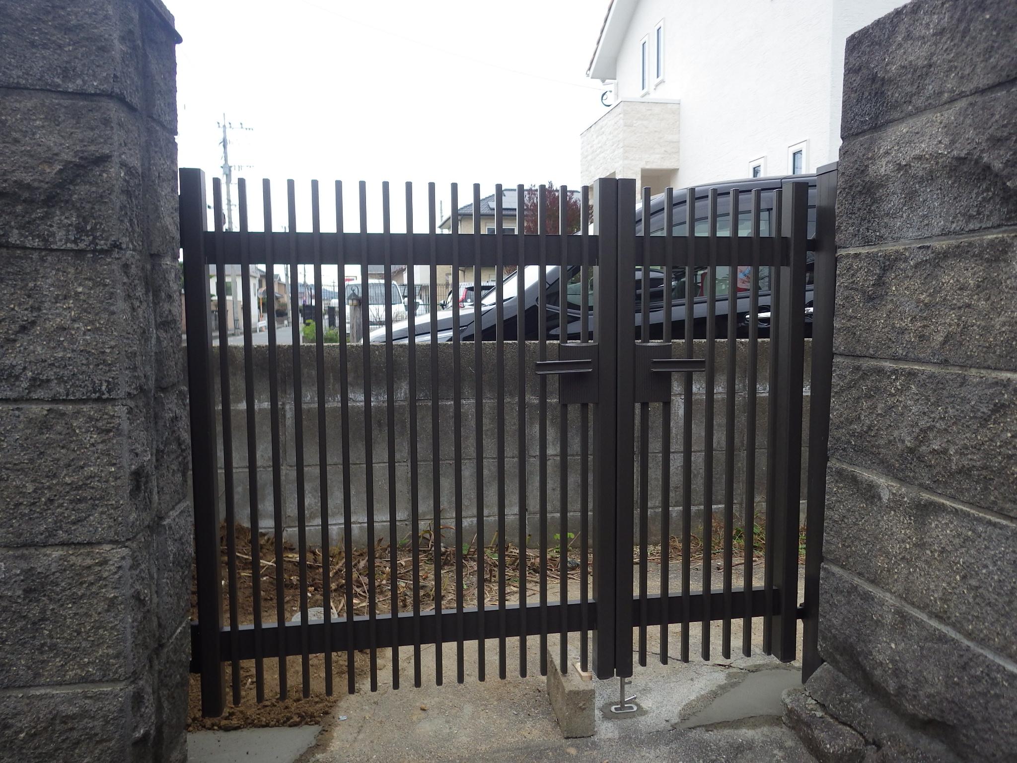 門扉を新しくしました /福岡市